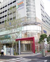 金町6丁目ビル 商業施設棟・住宅棟に点字鋲(東京都) JTK-2・JHKC-1